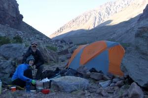 Brett and Maura cooking dinner on night 1 at Pampa de Lenas