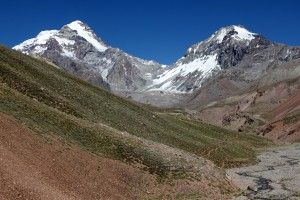 Higher up in the Relinchos Valley with great views of Aconcagua & Ameghino