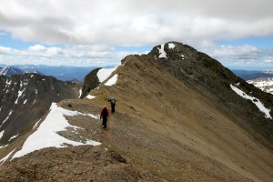 Hiking the summit ridge to Grizzly's true summit