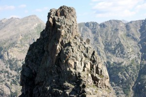 The south ridge of the 1st large tower, which appeared to be definitely downclimable